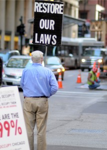 Judge dismisses charges against Occupy Chicago protesters