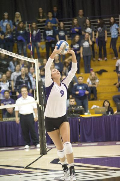 Volleyball: Wildcats split trip to Hoosier State