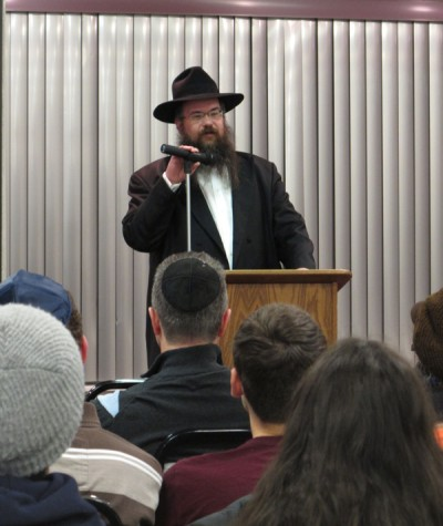 Chabad House brings religious perspective to mental health discussion