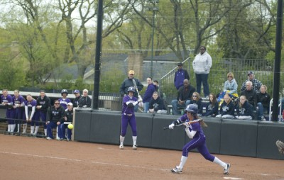 Softball: Northwestern ends weekend on shutout streak