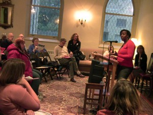 Experts discuss mental health issues among Evanston's homeless