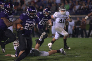 Football: Treyvon Green, Kain Colter help Northwestern run past Western Michigan