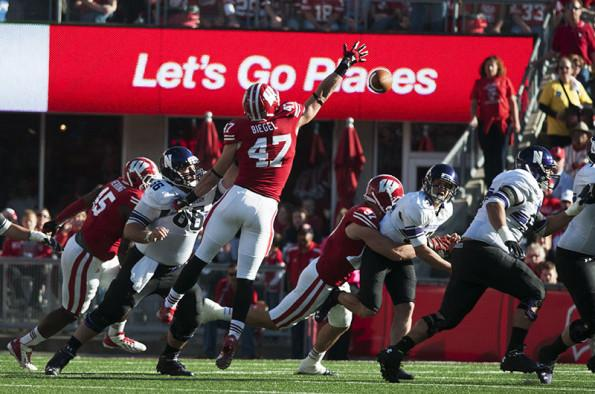 Football: Northwestern collapses against Wisconsin 35-6