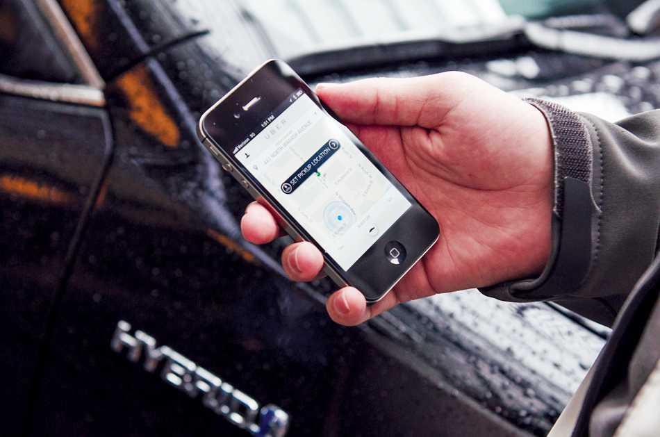 Gov. Quinn vetoes 'Uber bill,' prevents statewide rideshare regulations