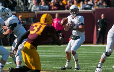 Football: Northwestern's passing game not good enough for victory over Minnesota