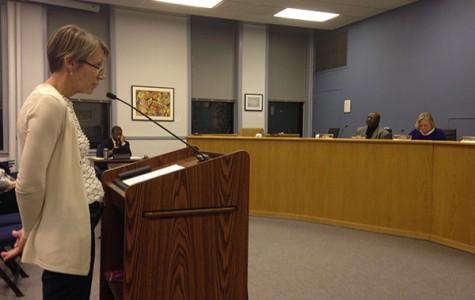 Aldermen vote to let art center stay in Harley Clarke Mansion until May