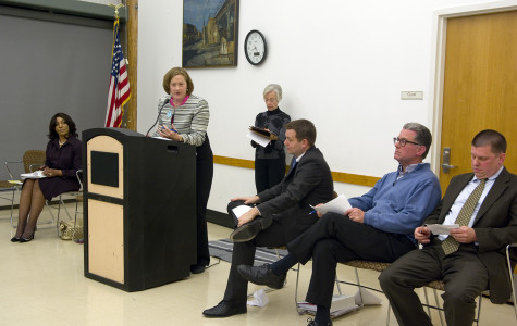Alderman candidates debate city issues at public forum
