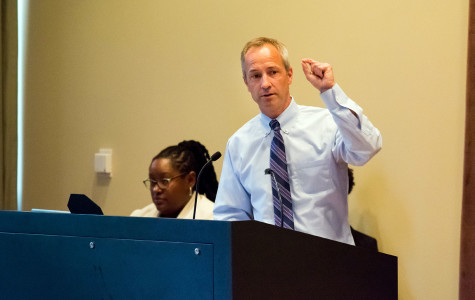 Students, administration discuss diversity, inclusion initiatives at town hall event
