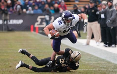 Football: Senior Dan Vitale riding 'superback' label toward the NFL