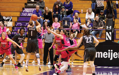 Women's Basketball: Minnesota's Rachel Banham ties NCAA scoring record in win over Northwestern