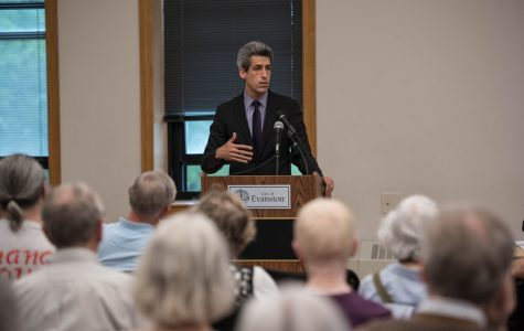 State officials break down state budget impasse, other unresolved issues at Evanston town hall meeting