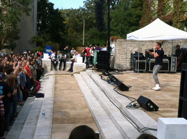 Communication+senior+Chet+Haze+performed+his+song%2C+%22White+and+Purple%22+and+unveiled+two+songs+for+new+students+at+the+close+of+the+Deering+Days+Welcome+Barbecue+on+Deering+Meadow.