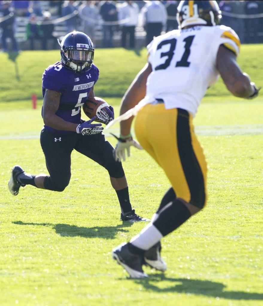 Northwestern+running+back+Venric+Mark+eclipsed+1%2C000+rushing+yards+on+the+season+in+the+second+quarter+against+Iowa+on+Saturday.+The+Wildcats+went+on+to+defeat+the+Hawkeyes+28-17.