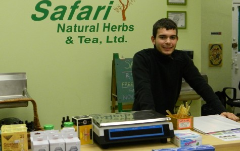 Evanston herb store advocates all-natural remedies