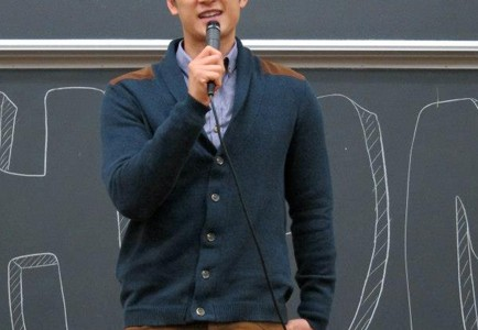 """""""Glee"""" star Harry Shum Jr. took the stage as the Taiwanese American Students Club's fall speaker."""