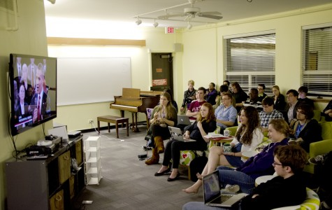 Northwestern students watch the second debate between President Barack Obama and former Massachusetts Gov. Mitt Romney in the Communications Residential College lounge. Tuesday marked the second watch party for the presidential debates hosted by CRC.