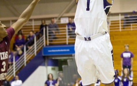 Men's Basketball: Wildcats dominate in season opener