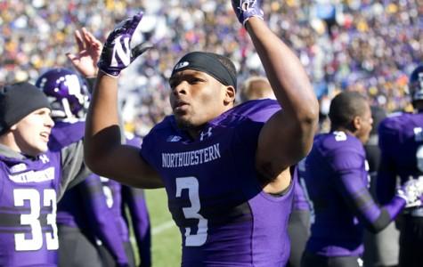 Football: Jones gives back to Northwestern and Evanston communities