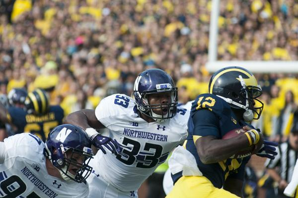 Northwestern linebacker David Nwabuisi will help the Wildcats' defense try to stop Michigan State running back Le'Veon Bell on Saturday. Bell leads the Big Ten in rushing with 124.9 yards per game for the Spartans.