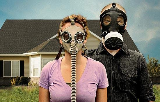 """For the men and women of National Geographic show """"Doomsday Preppers,"""" it's completely normal to stockpile food and weapons. Watch it for entertainment, not an education."""