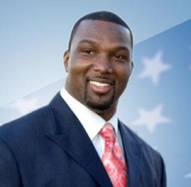 Former Northwestern football player Napoleon Harris is running for the Chicago congressional seat vacated by former House Rep. Jesse Jackson Jr. (D-Chicago). Harris joins more than a dozen other Democrats running in the February primary.
