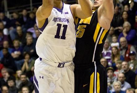 Men's Basketball: Carmody calls for Wildcats' veterans to step up