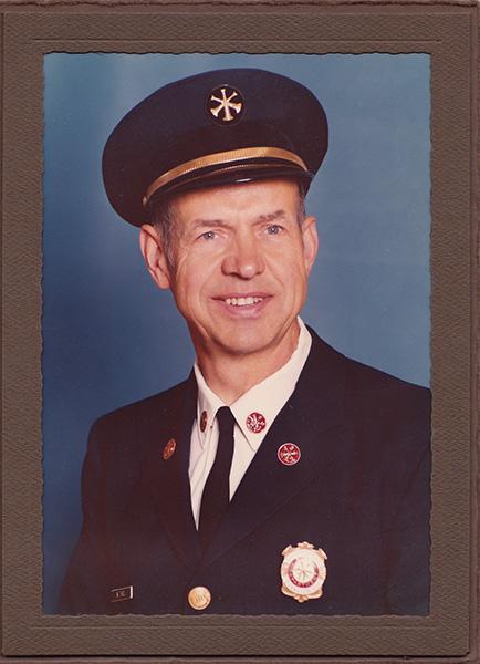 Evanston firefighter Willard Thiel Sr. died Jan. 4 of natural causes. He was 97.