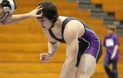 Wrestling: Northwestern gets mixed December results