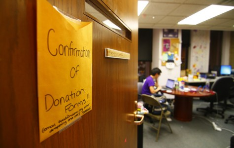 Students reach Dance Marathon full money deadline through canning, in costume