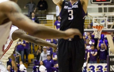 Men's Basketball: Northwestern hangs with Ohio State, falls late
