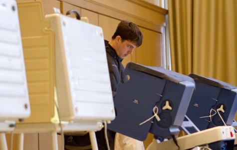 Evanston starts early voting, changes four Election Day polling places