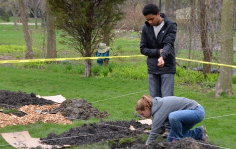 Northwestern's Brady Scholars Program plants orchard in west Evanston