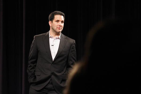 ESPN reporter Adam Schefter (MSJ '90) imparted career advice on a packed crowd at the McCormick Tribune Center Forum. It is his first trip to Evanston since he left in 1990.