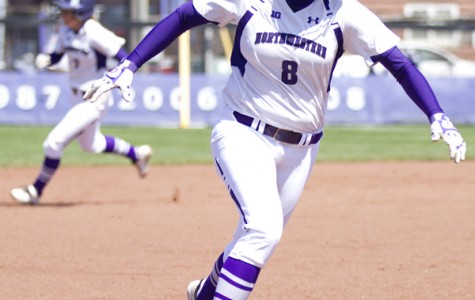 Softball: Northwestern looks forward to conference opponent Wisconsin