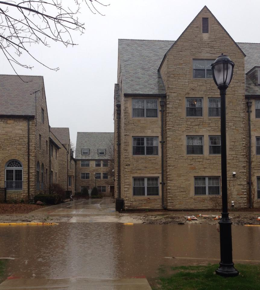 Heavy+rain+overnight+left+University+Place+and+some+Sorority+Quad+buildings+flooded.+City+officials+believe+the+brunt+of+the+storm+is+over.