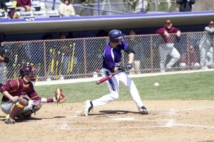 Baseball: Northwestern suffers 'embarrassing' loss to University of Chicago
