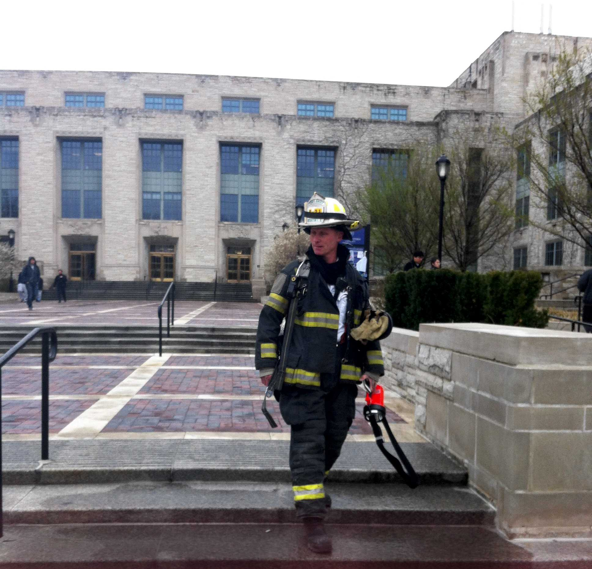 Firefighters extinguished a fire in a lab on the ground floor of Technological Institute this afternoon.