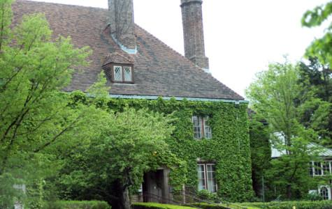 Evanston Art Center decides it wants to stay in Harley Clarke Mansion
