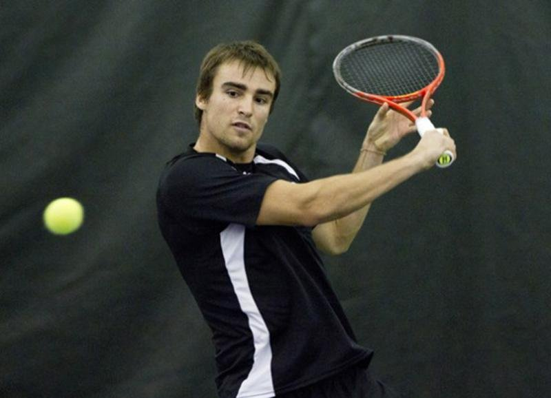 Alex Pasareanu is one member of the Wildcats' squad who is looking to improve on his performance in Ohio. The junior was defeated in the second round of pre-qualifiers in Tulsa, Okla.