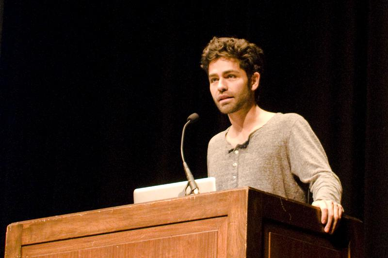 ctor Adrian Grenier speaks about environmentalism at SEED's fall speaker event Tuesday evening. SEED organized the talk as part of the annual Green Cup competition, which has been moved to Fall Quarter this year.