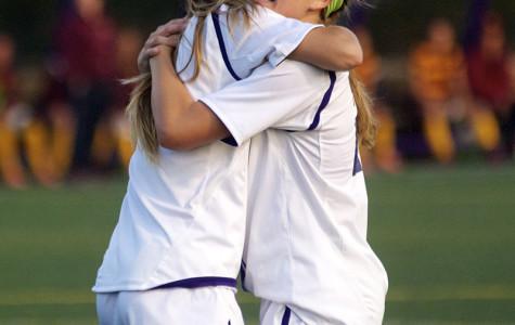 Women's Soccer: Northwestern battles to build first win streak