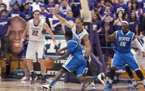 Men's Basketball: Northwestern overcomes slow start to win season opener against Eastern Illinois