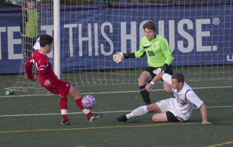 Men's Soccer: Wildcats can't hold on to momentum against Badgers