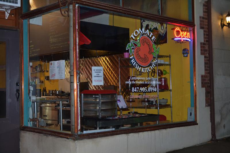 Tomate Fresh Kitchen, 914 1/2 Noyes St., has had a steady stream of customers since it opened Oct. 31. The new business filled the storefront left vacant by Ice & A Slice,which went out of business last spring.
