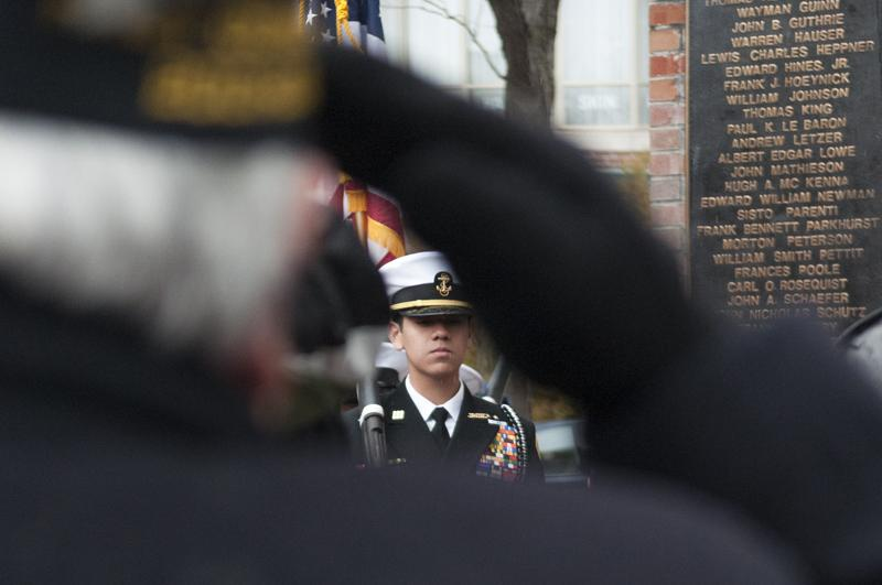 +John+Russo%2C+chaplain+of+Evanston+American+Legion+Post+42%2C+salutes+during+the+presentation+of+colors+at+the+Veterans+Day+ceremony+held+in+Fountain+Square+on+Monday+morning.+U.S.+Rep.+Jan+Schakowsky+%28D-Ill.%29+and+Mayor+Elizabeth+Tisdahl+were+both+present+at+the+event.%0D%0A