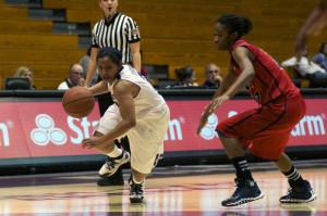 Women's Basketball: Wildcats' late comeback falls short against Buckeyes in Big Ten Tournament