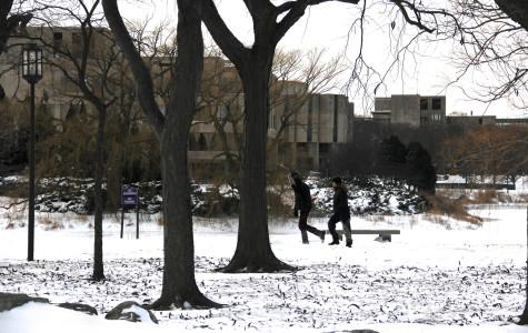 Northwestern closes, Evanston shuts down amidst snow, record low temperatures