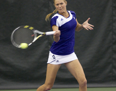 Senior Veronica Corning helped key a strong weekend for No. 15 Northwestern. Corning easily defeated two ranked opponents as the Wildcats cruised past No. 29 Oklahoma State and No. 26 Arizona State.