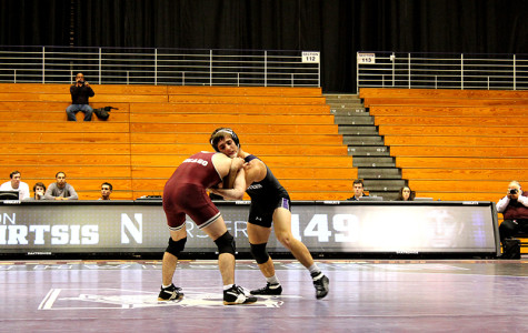 Wrestling: Northwestern fails to overcome slow start in loss to No. 19 Wisconsin