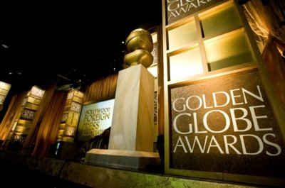 The Golden Globes bring the insanity, hinting at who might win an Oscar